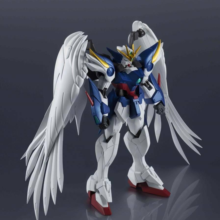 Gundam Universe Wing Gundam Zero Custom